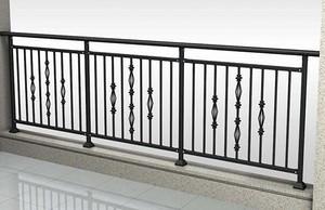 阳台栏杆刷漆时需要注意什么事项