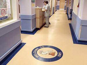 塑胶地板在家居有什么作用 塑胶地板清洁保养注意事项