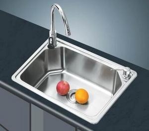 家庭厨房装修材料之不锈钢水槽的挑选窍门