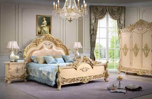 欧式家具粉蓝搭配墙纸