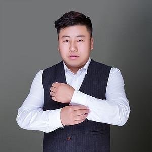 设计师贾洪涛