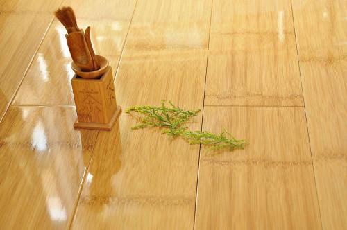 实木地板铺设 龙骨铺设法窍门在这里