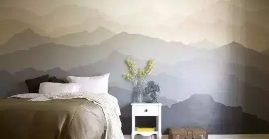 云雾缭绕的远山