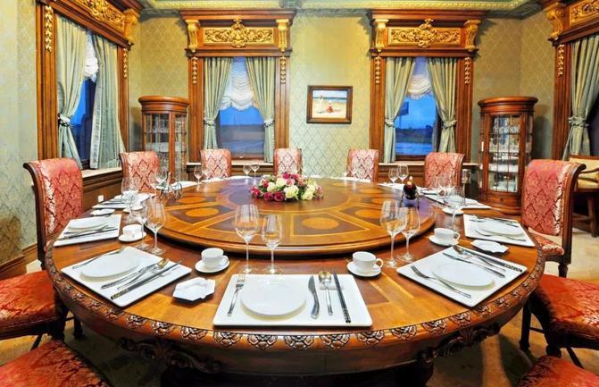 文成城堡室内家具
