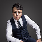 设计师王敬咚