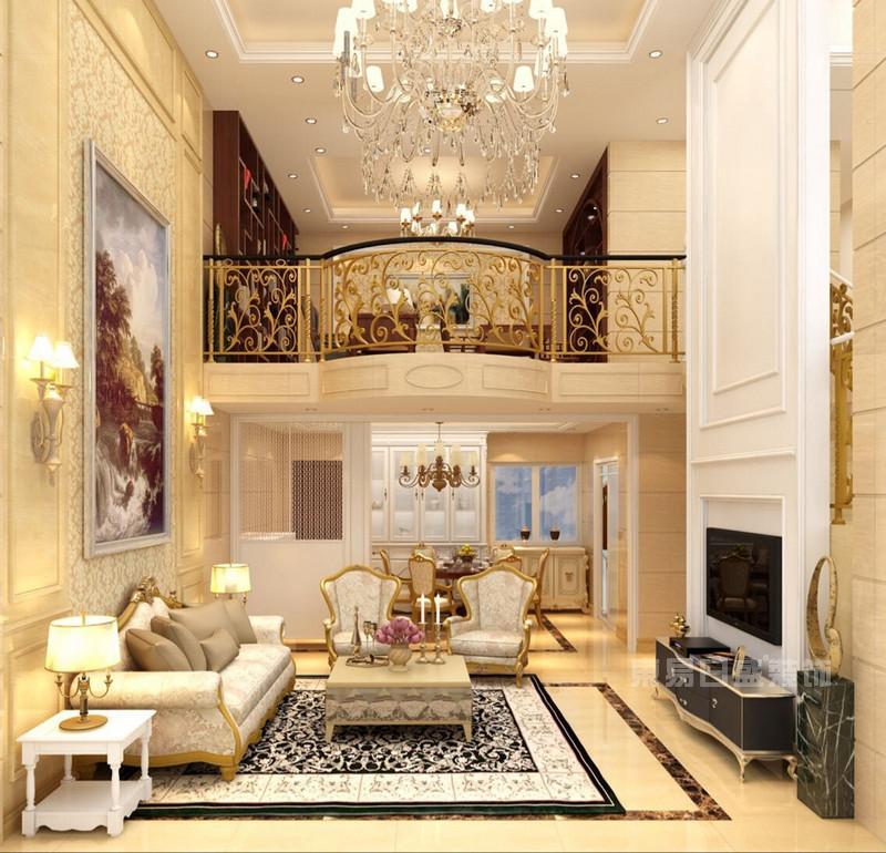 小编为大家带来三种装修风格的别墅客厅装修设计案例效果图大全,对于别墅类型的房子,装修公司一般是在跃层户型设计中采用中空设计,在外表上顿显尊贵大气,同时也有利于室内的采光和通风,而三种大户型跃层客厅装修设计案例效果图风格各异,大家是不是很期待呢?一起来看看吧!  华彩天成居230平米-简欧 在这幅简欧跃层客厅装修设计效果图中,客厅中空的设计让室内空间更显宽敞与大气,高层吊顶上方的灯饰极其奢华,让人感受到了简欧风格的华丽与浪漫,金色栏杆搭配黑色边款扶手,气质突兀又高贵。  鲸山觐海235平米-现代简约 个性十