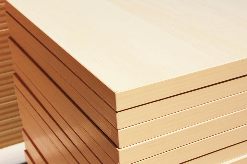 免漆做衣柜选免漆板好,还是选择刷油漆的板材好?