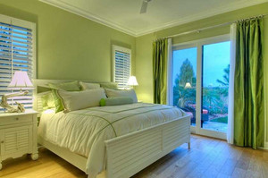 如何搭配卧室窗帘颜色