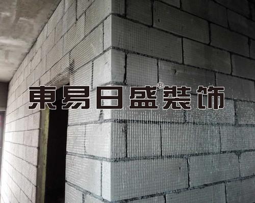 挂网放开裂基础工程.jpg