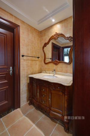 卫生间的门选择什么材料合适?