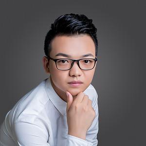 副主任设计师朱坤