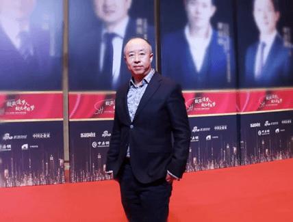 东易日盛集团董事长陈辉再度获评2019中国十大家居年度CEO(图一)