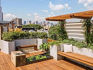 阳台花圃怎样设计,阳台花圃部署本领分享-东易日盛家装公司
