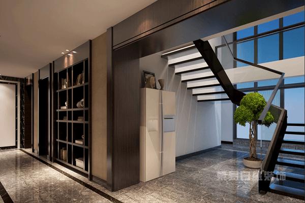 为避免上下楼梯时产生错觉,室内楼梯设计的第一级台阶与最后一级台阶