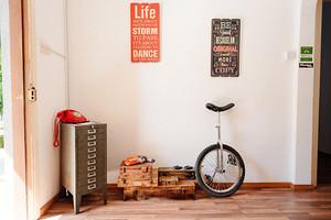 老旧实木家具如何翻新