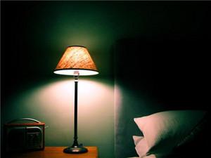 光线暗的卧室怎么装修? 光线暗的卧室的装修注意事项
