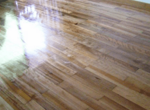 家居达人教你怎样给地板清洗打蜡