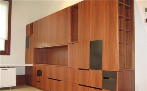家用储物柜的设计原则是什么?
