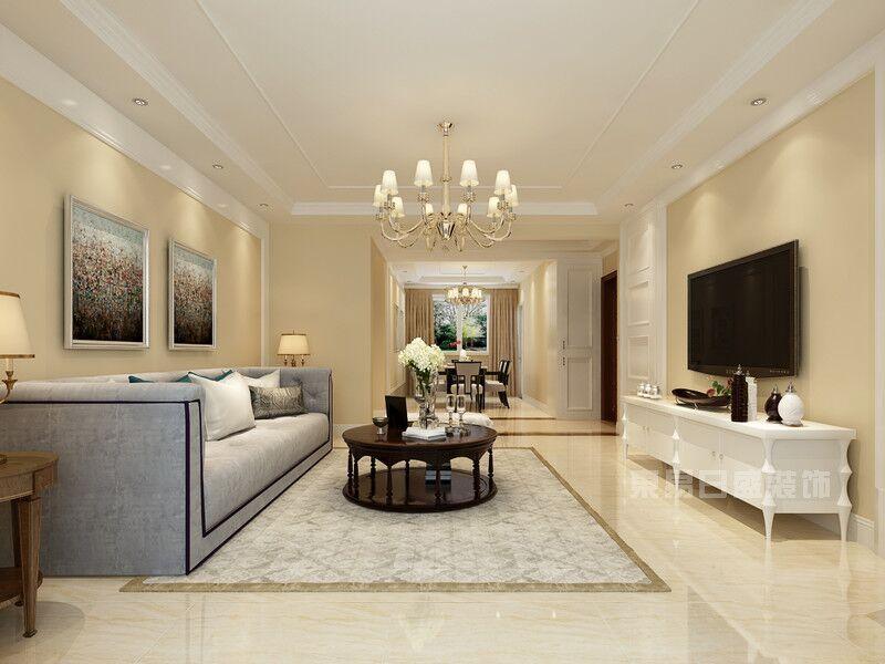 沙发的背景墙可以采用欧式石膏装饰线从横向分割墙面,在此基础上可以