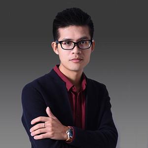 集团评定高级主任设计师冯耀彬